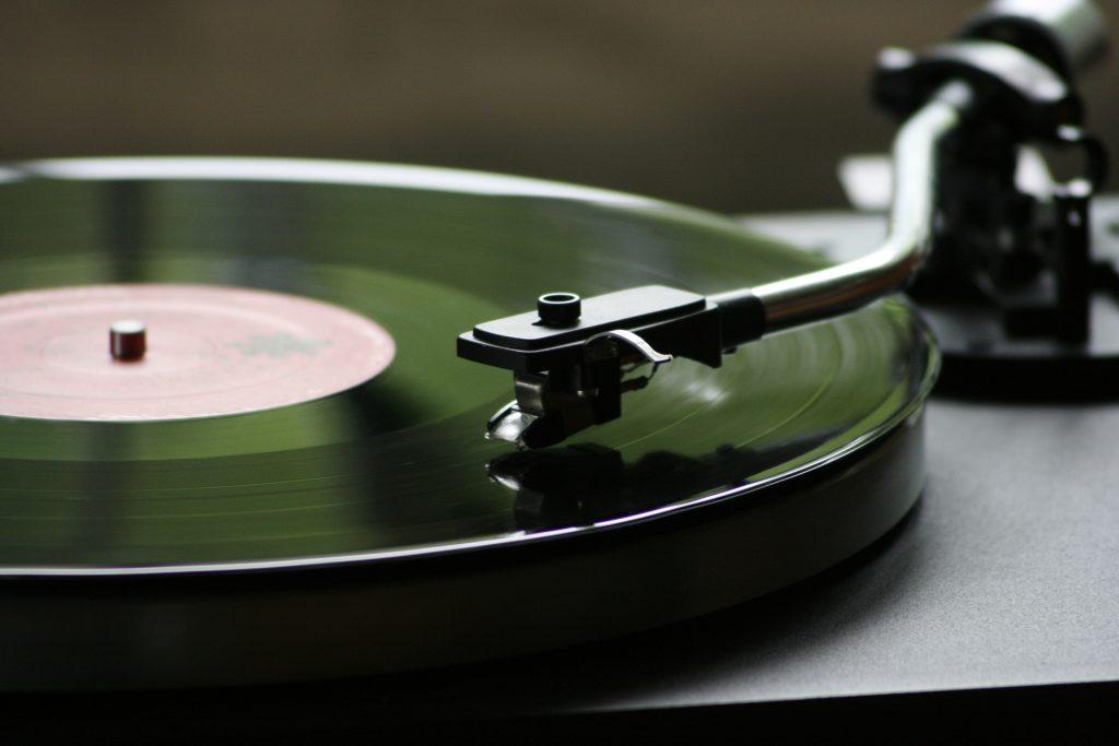 Plattenspieler für ein Mixtape von Hans-Georg Rath
