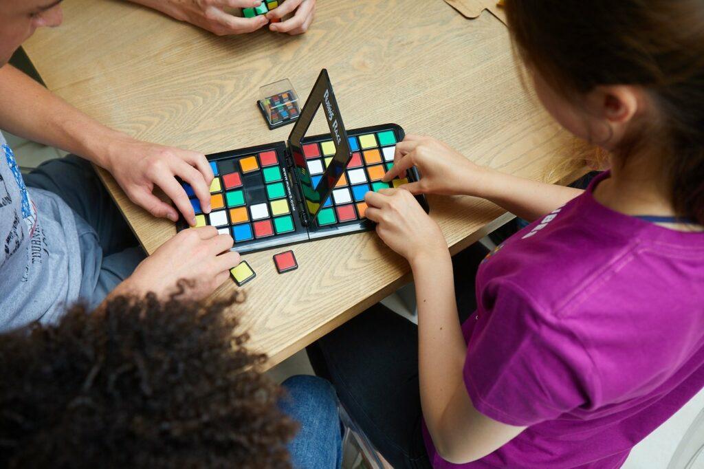 Rubik's Spiele