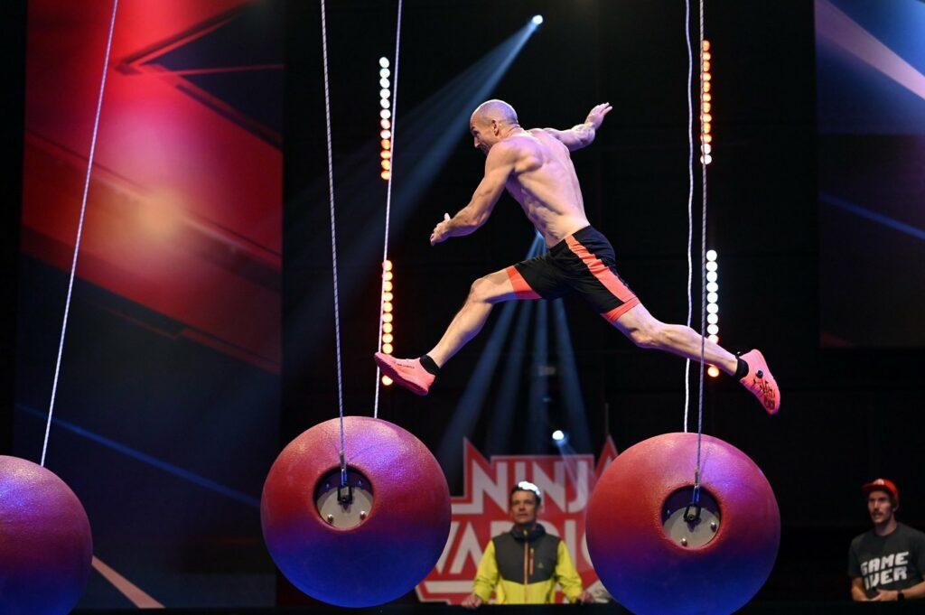Ninja Warrior Kandidat Markus Malle an den Chaosbällen