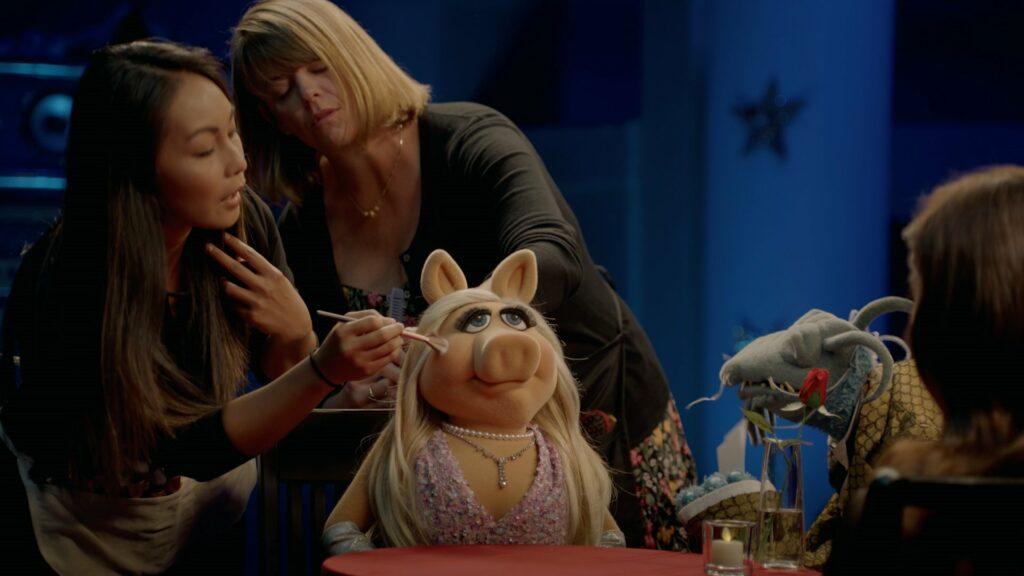 Miss Piggy von den Muppets wird Influencer