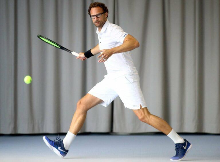 Volle Pulle Vorhand: Tennis ist das perfekte Workout – in jedem Alter