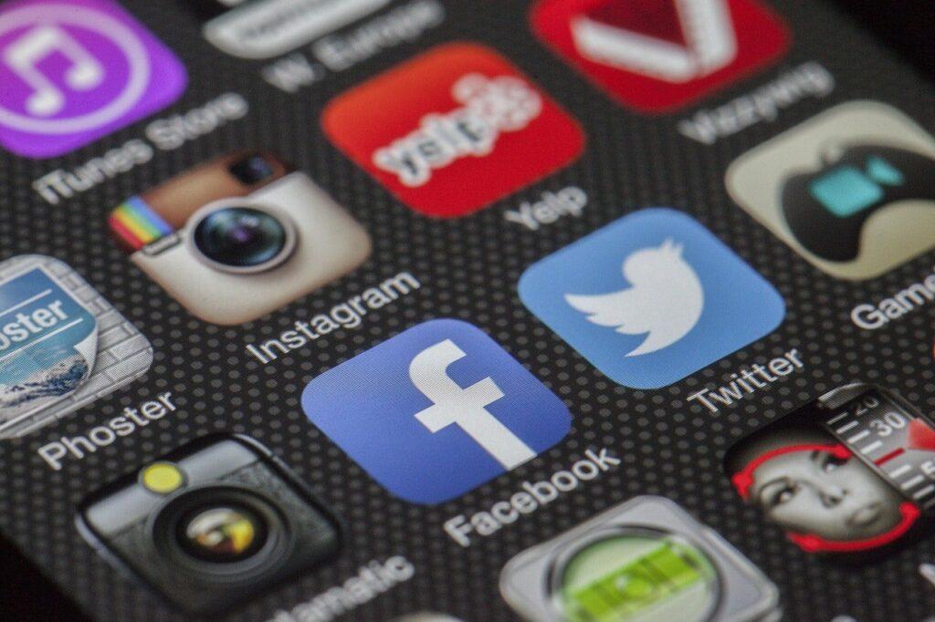 Zuviele Apps können Streß auslösen. Digital Detox hilft.