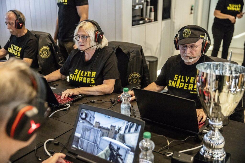 Das Team Silver Snipers besteht aus Senioren. So ist viel Zeit für Training.