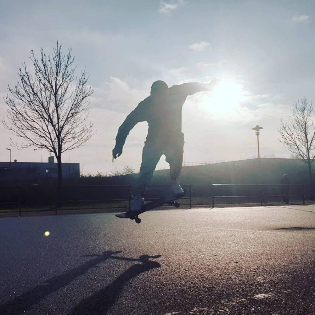 Gastautor Björn Seum hat das Skateboarding noch drauf