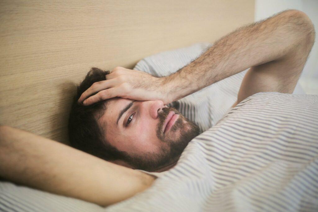 Wenn Menschen schnarchen, sind sie oft morgens nicht erholt
