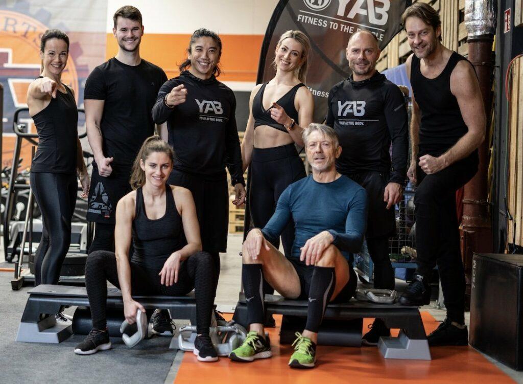 Christian Polenz mit seinem Team von YAB