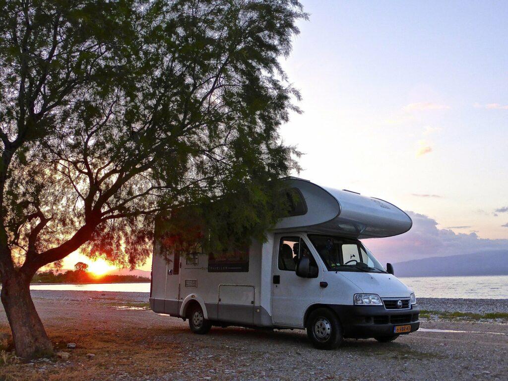 Gerd Blank spricht im NOT TOO OLD Podcast über Camping und sein persönliches Vanlife