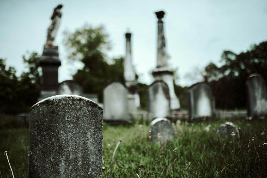 Die 5 Phasen der Trauer - und ein paar Tipps gegen den Schmerz